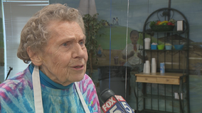 Shiloh Elementary School cafeteria worker celebrates 95th birthday with students and staff