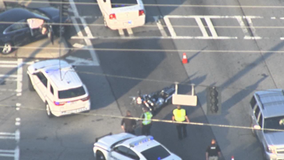 Snellville police motorcycle officer injured in crash