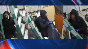 Police: Man breaks into convenience store through roof