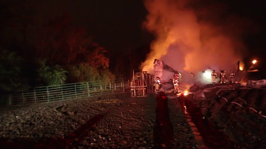 Officials investigating barn fire in Hall County