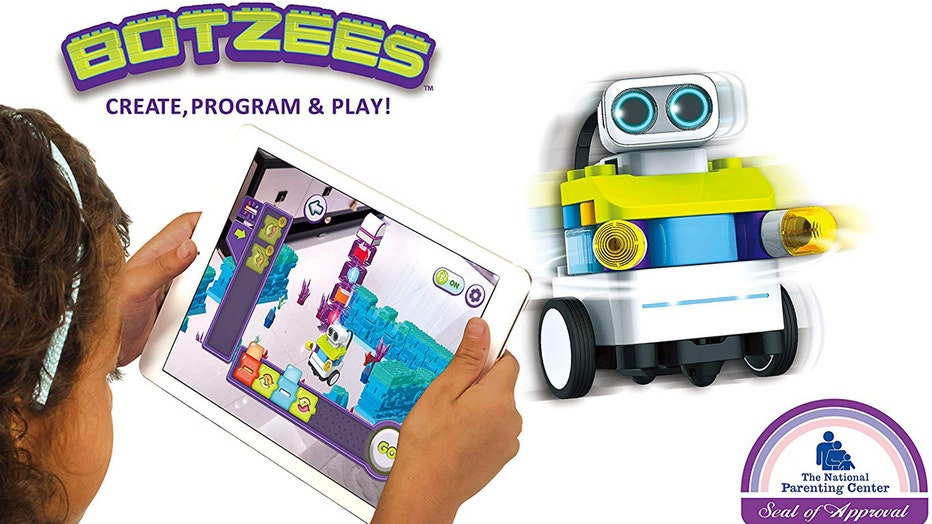 BOTZees-augmented-reality-construction-and-coding-kit.jpg
