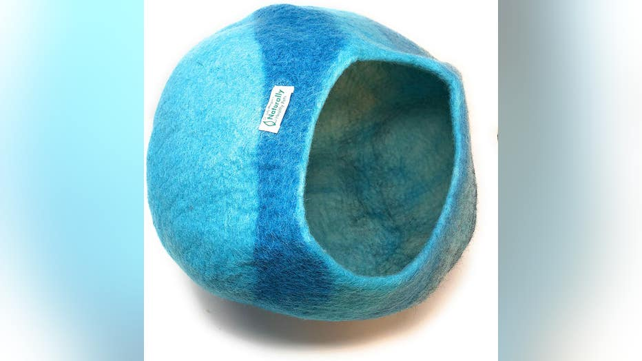 Dr.-Judy-Morgans-Naturally-Healthy-Pets-Handmade-Wool-Cat-Cave.jpg