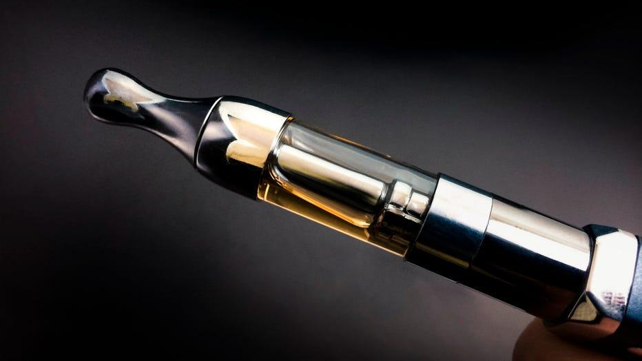 GETTY-vaping-cartridge.jpg