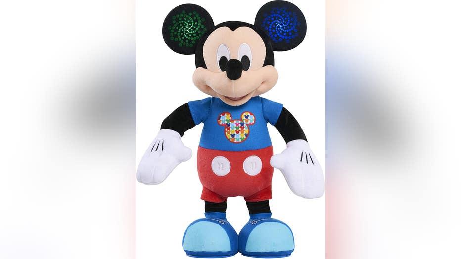 Mickey-Mouse-Hot-Dog-dance-break-mickey.jpg