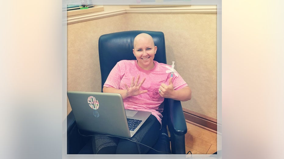 Ashley Gunter sits in chemotherapy infusion room.