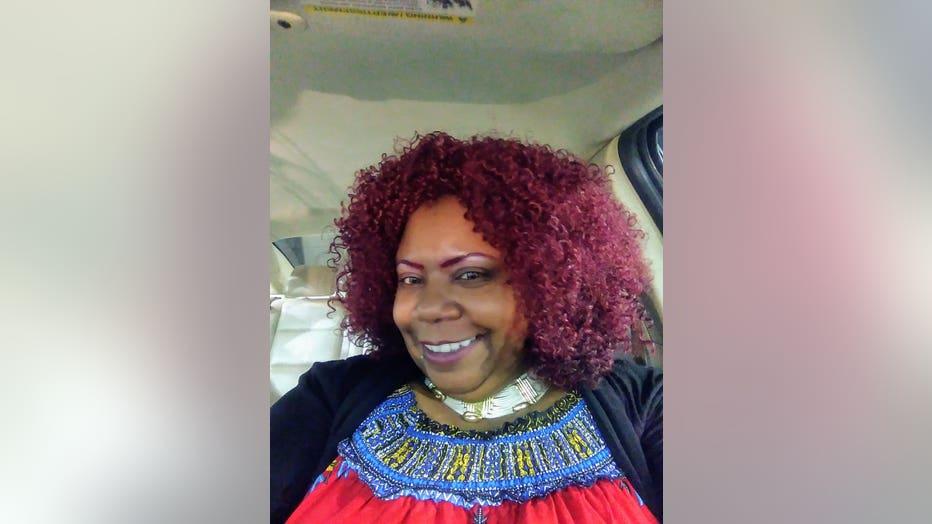 Shalunda McDonald smiles/