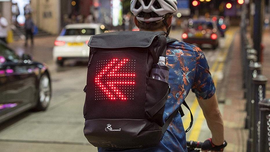 Street-Warrioer-Bluetooth-Cycling-Backpack.jpg