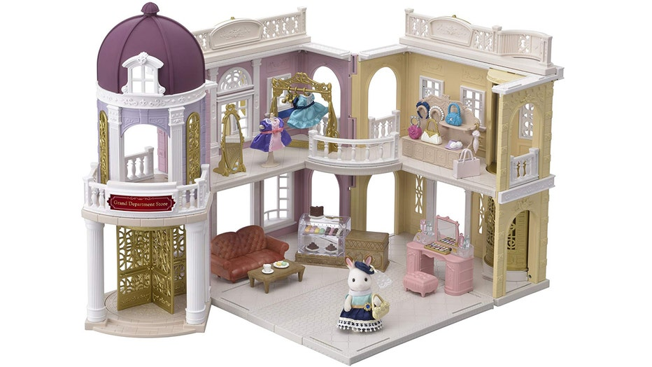 calico-critters-grand-department-store-gift-set.jpg