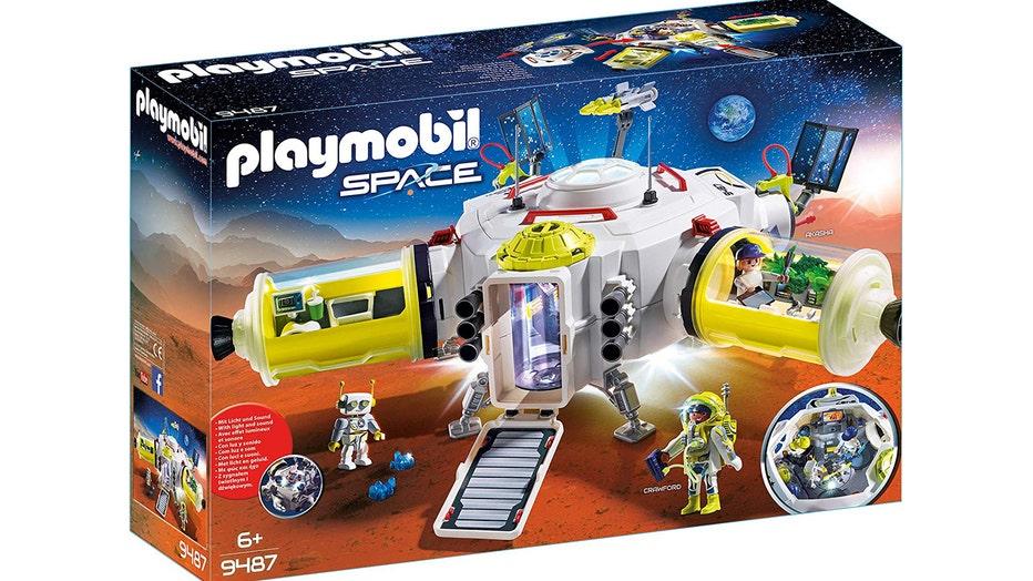playmobil-space-station-set.jpg