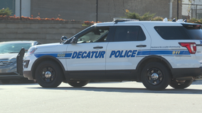Police: Man tries to kidnap woman waiting on rideshare in Decatur