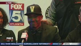 Michael Wright commits to Vanderbilt University