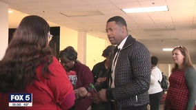 Chris Tucker's biggest role of the week: Playing Santa to more than 300 kids in Georgia