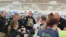 Hall County deputies go coat shopping for children in need