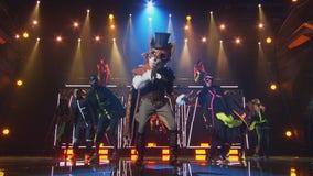 Fox wins 'The Masked Singer' season 2, remaining celebrities revealed on season finale