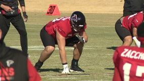 Lindstrom back at practice for 1st time since opening week