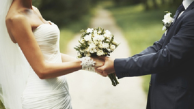 Florida newlyweds use coin toss to decide on last name