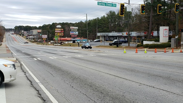 Gas main break shuts down busy DeKalb County roads
