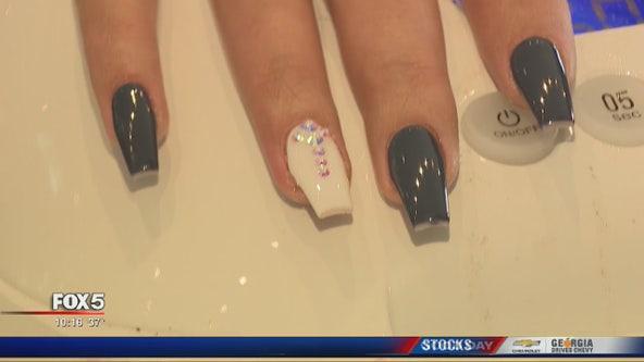 Holiday nail trends