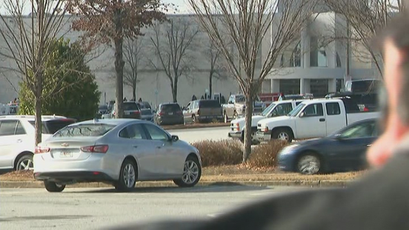 Police: Fight led to Cumberland Mall shooting, 1 person injured