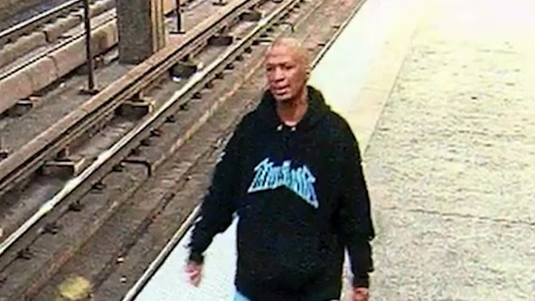 Atlanta police trying to find armed robber who got away on a MARTA train