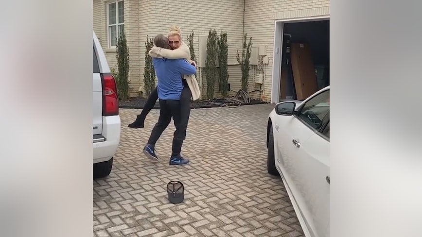 Josh Donaldson surprises mom with Maserati for quitting smoking