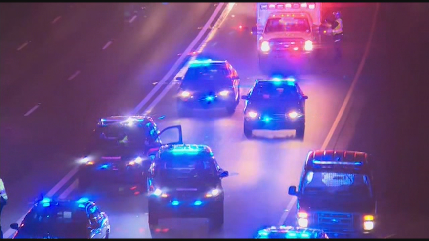 Atlanta police officer taken to hospital after I-75 crash