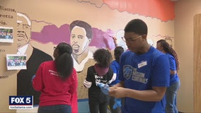 Hundreds of veterans volunteer at Atlanta school for MLK Day