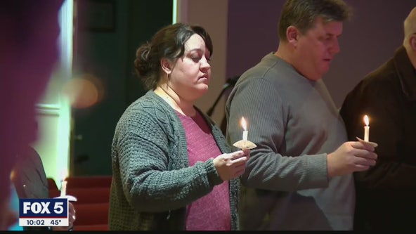 Community gathers in prayer to mourn 8 lives lost in dock fire