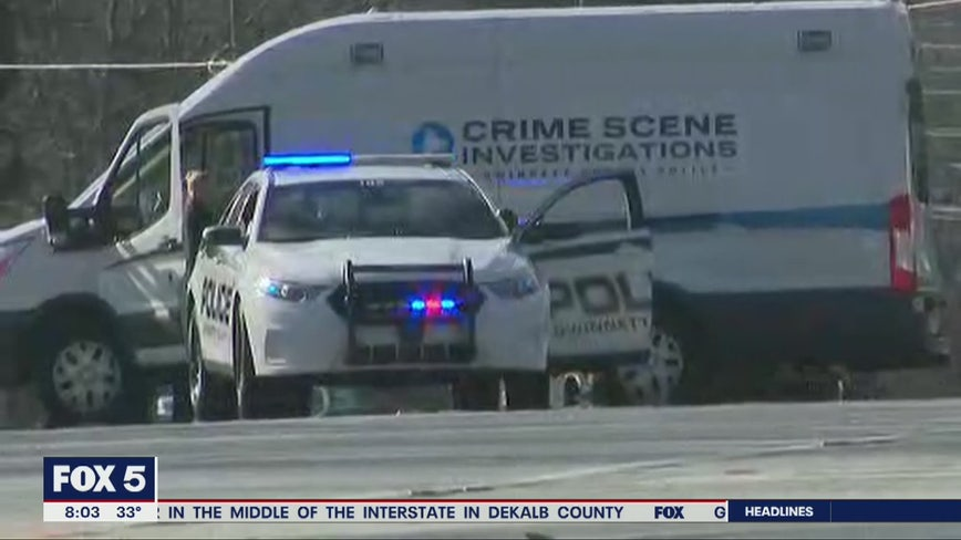 Police: Man shot while driving on Snellville road