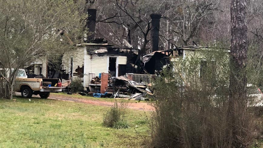 1 juvenile killed, 1 airlifted after Georgia house fire, officials say