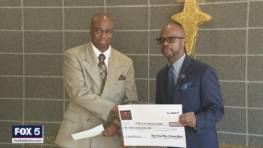 Atlanta schools receive checks from Atlanta non-profit