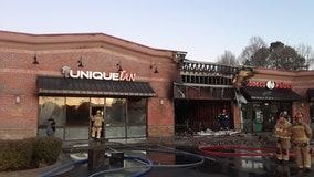 Fire destroys boutique at Gwinnett County shopping center