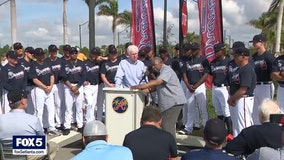 Braves dedicate road to spring training park after Hank Aaron