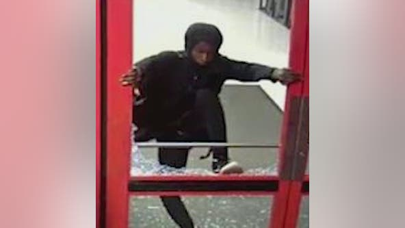 Police: 2 men smash their way into jewelry kiosk, Target store