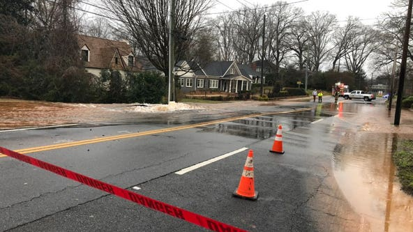 Crews working to repair Decatur water main break, roads closed