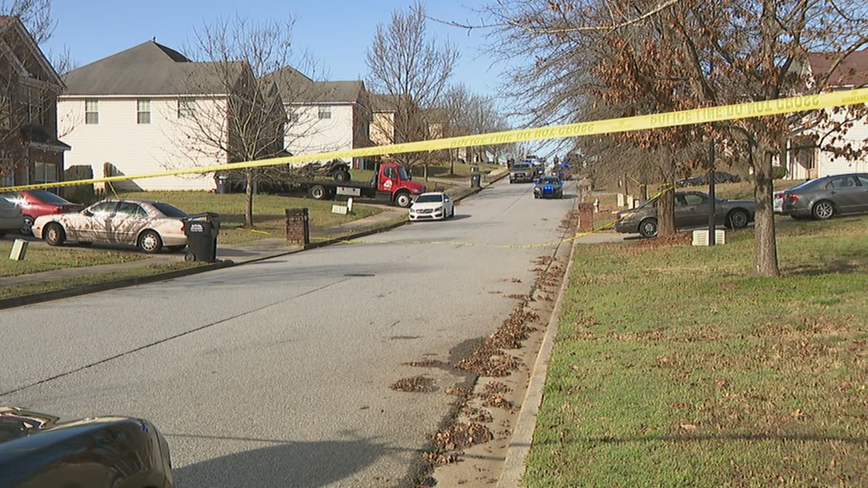 Police: 14-year-old shot in South Fulton