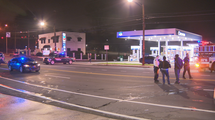 Atlanta police officer hit by car, hospitalized after foot chase