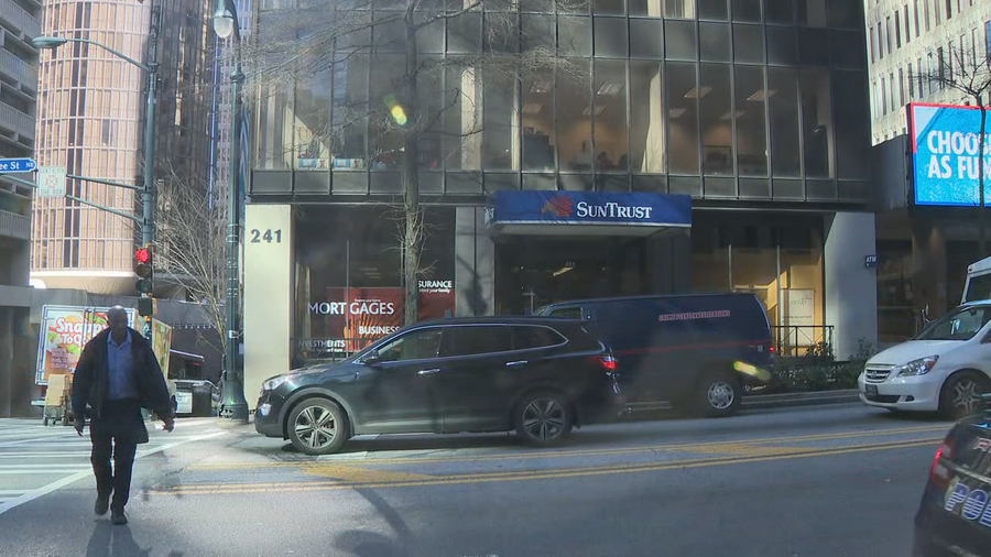 Atlanta police arrest man after 2 unsuccessful bank robbery attempts