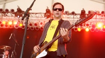 Fountains of Wayne musician Adam Schlesinger dies of COVID-19