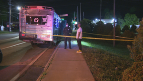 Police: Teen accidentally shot in foot on party bus in Atlanta