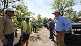 Gov. Brian Kemp tours storm-damaged towns in south Georgia