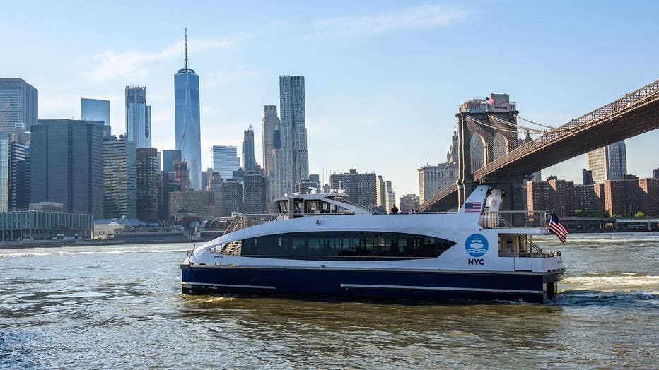 NYC_Ferry-Dwntwn-MHTN-BK-Bridge.jpg