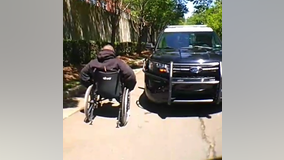 Georgia police officer reaches out to help homeless veteran in wheelchair
