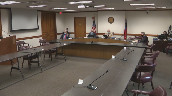 Senators hold first in-person meeting at State Capitol since March