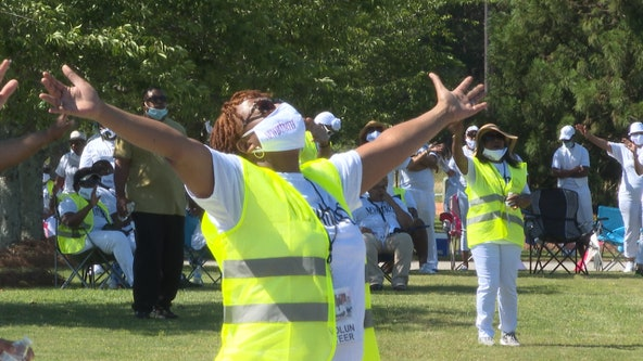 Worshipers in Stonecrest take part in peaceful parking lot protest