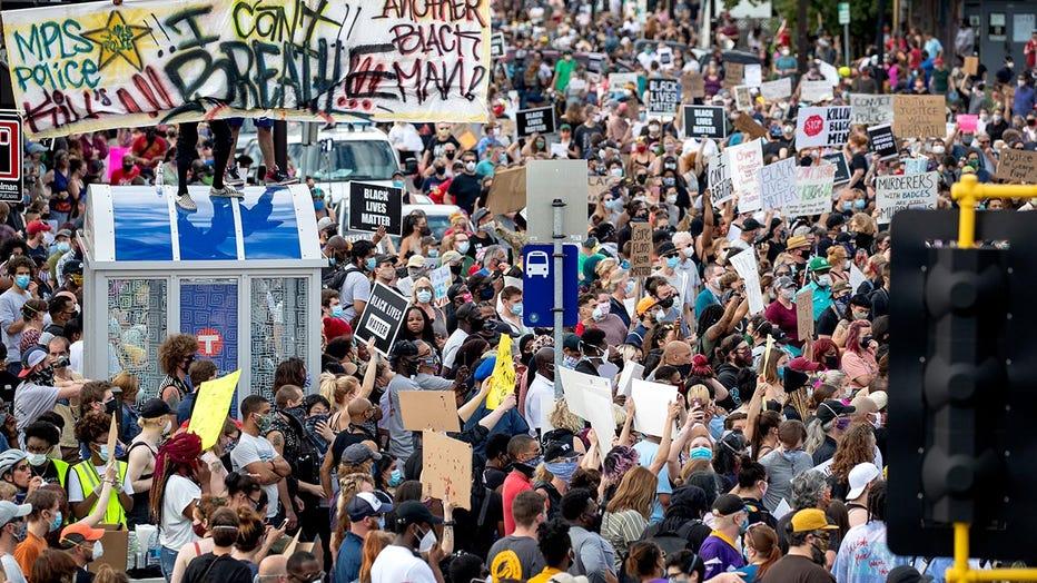 38th-chicago-big-crowd-getty.jpg