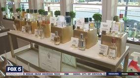 Local mom creates 'scent'illating business
