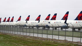 Delta Air Lines to reintroduce some beer and wine choices on flights over 500 miles