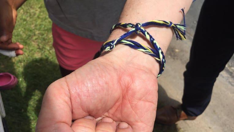 bracelets to help those in Minneapolis