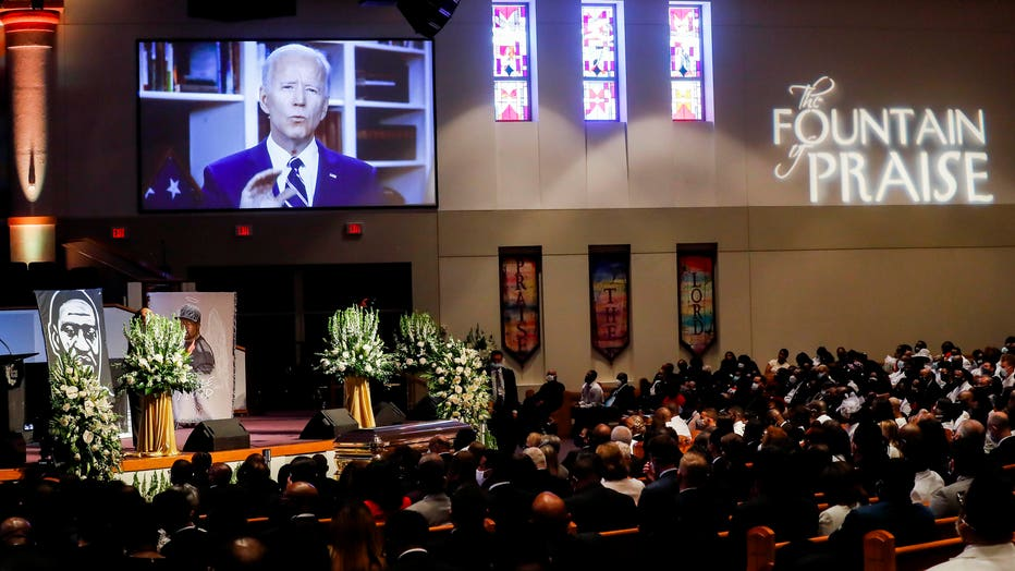 9a66b4fe-Private Funeral For George Floyd Takes Place In Houston